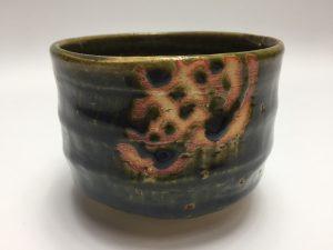 【茶道具・茶碗】加藤作助 織部釉茶碗を買取致しました。