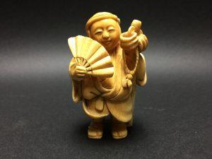 【象牙彫刻】朱宝 象牙彫刻 人物彫を買取り致しました。