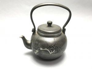 【錫製品】乾茂號造「錫製湯沸」を買取り致しました。
