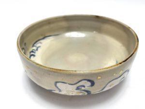 【茶道具・茶碗】白井半七 金彩散波文平茶碗を買取致しました。