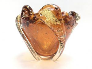 【骨董品・硝子】岩田藤七 金箔硝子花瓶を買取致しました。