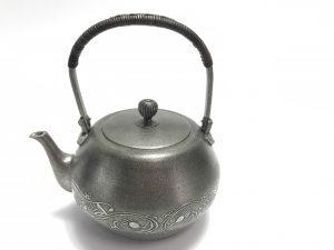 【錫製品】煎茶器 錫製急須を買取り致しました。