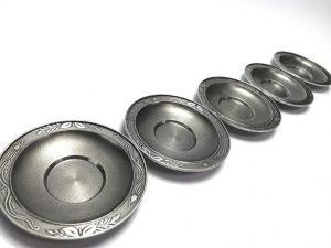 【錫製品】間村自造  錫製茶托 5客を買取り致しました。