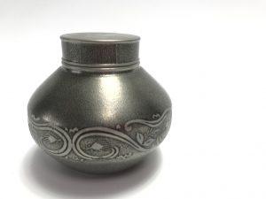 【錫製品】間村自造 「錫製茶壺」を買取り致しました。