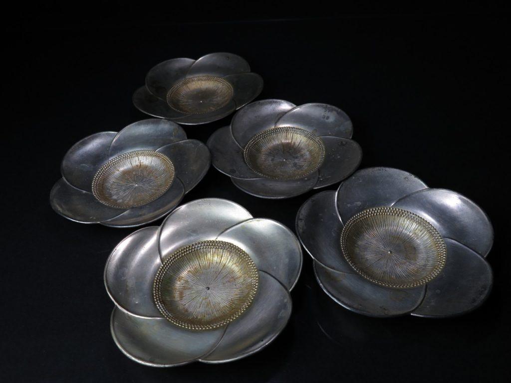 【錫製品】直次 梅花形 錫茶托を買取り致しました。