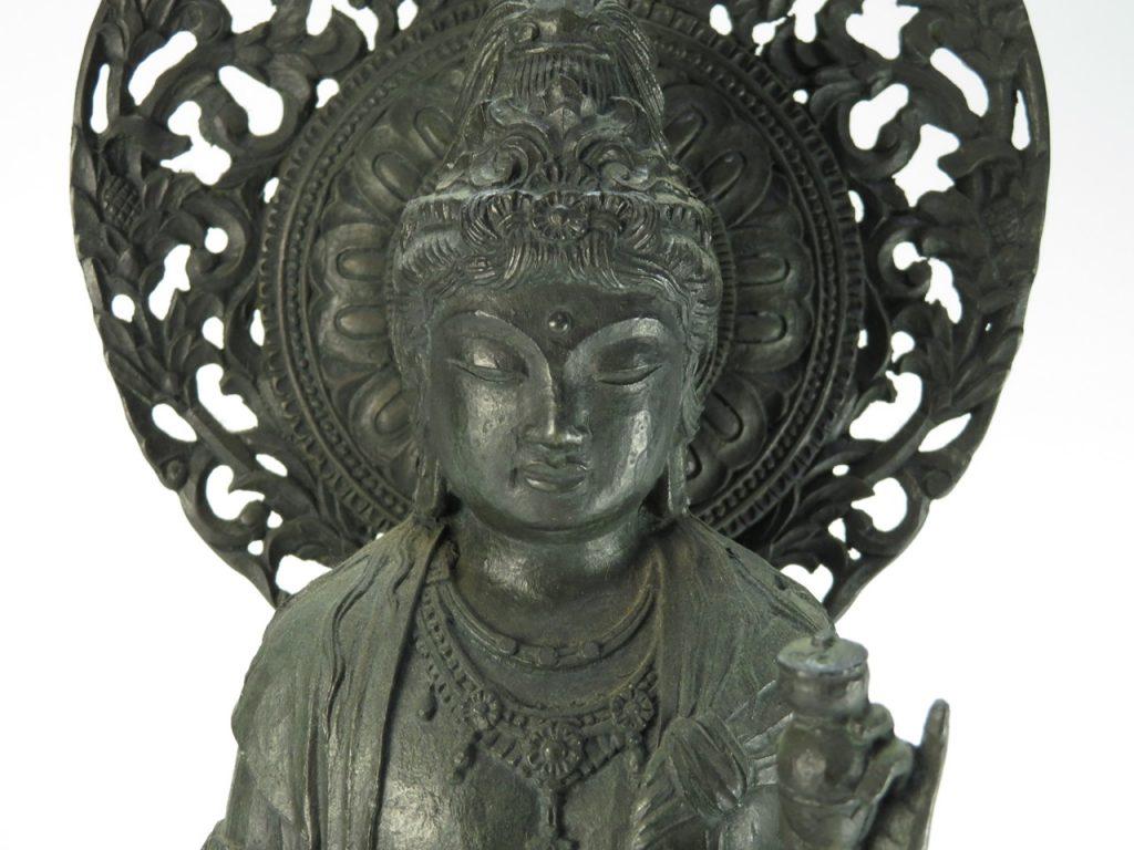 【仏像】大仏師松久宗琳 「瑠璃観世音菩薩像」を買取り致しました。