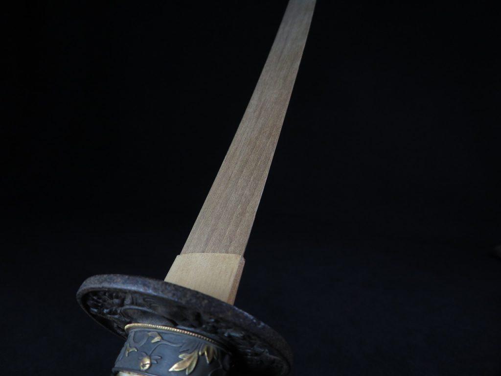 【刀剣・刀装具その他】日本刀(竹光)「黒蝋漆塗螺旋鞘拵え」を買取り致しました。