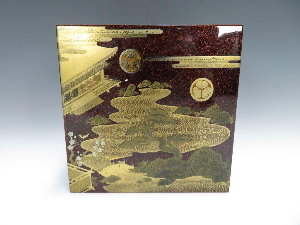 【漆器・蒔絵】無銘「御所庭園梅に鶯蒔絵の宝石箱」を買取り致しました。
