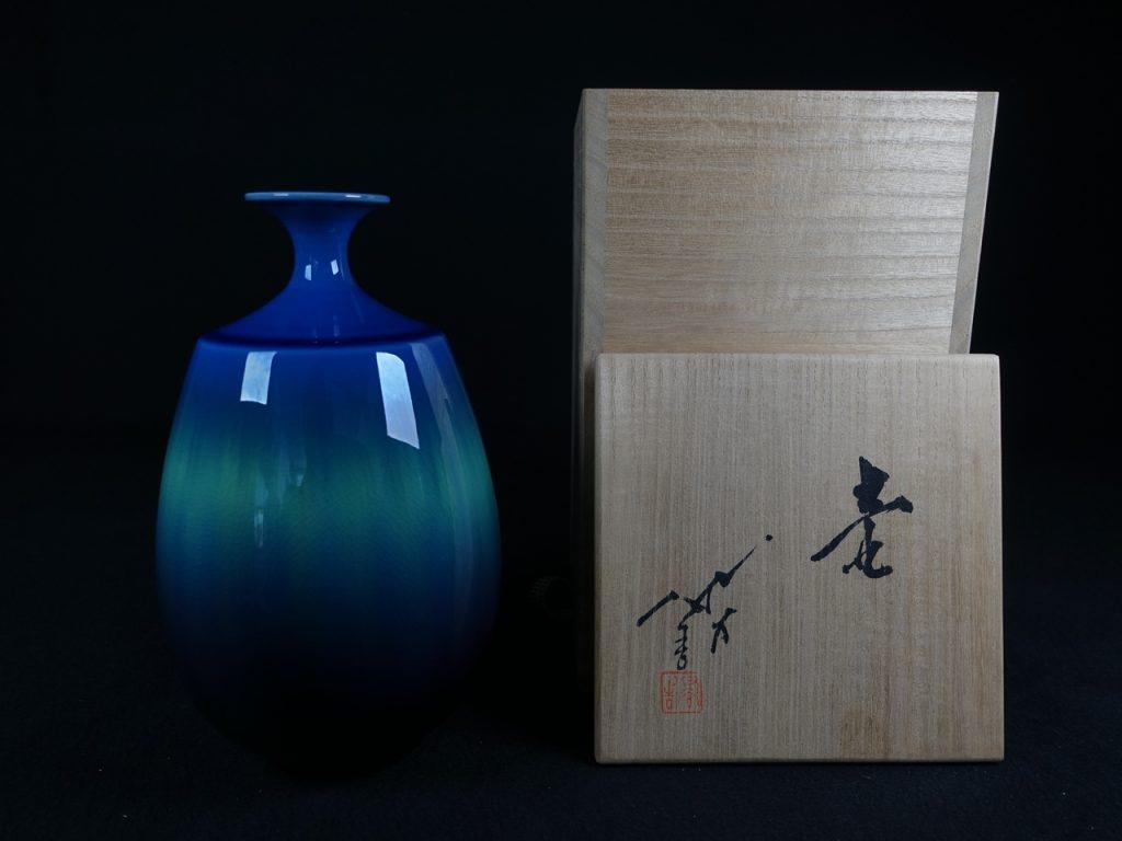 【陶磁器・人間国宝】三代 徳田八十吉 「碧明燿彩壷」を買取致しました。