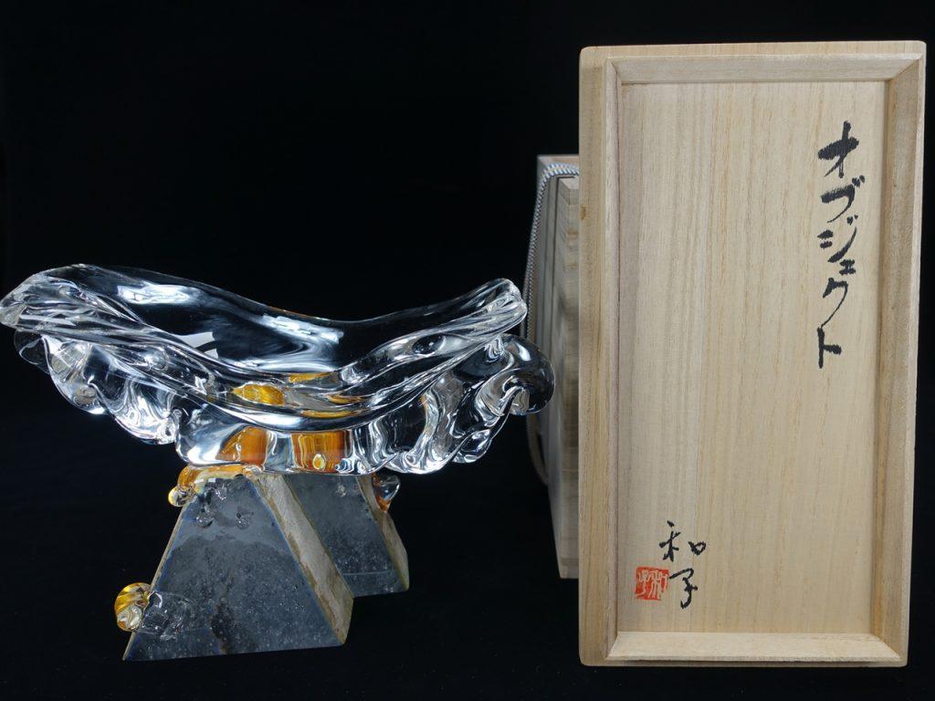 【硝子・切子】郡 和子 「オブジェクト」を買取り致しました。