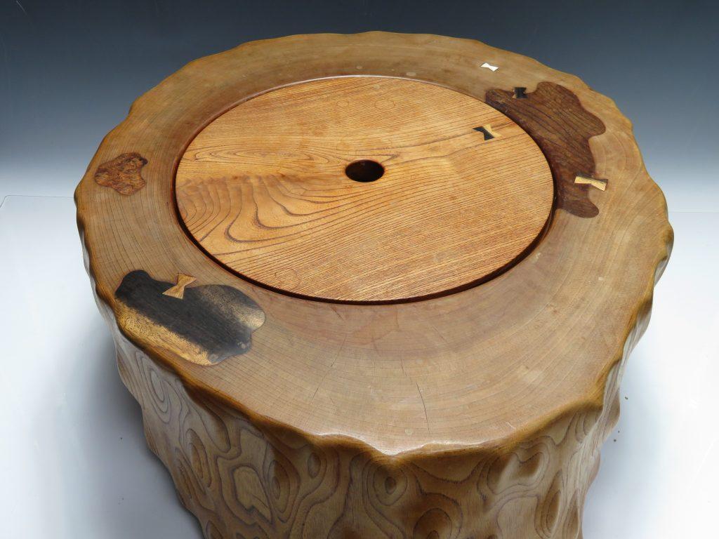 【火鉢】「天然木刳り貫き火鉢」を買取り致しました。