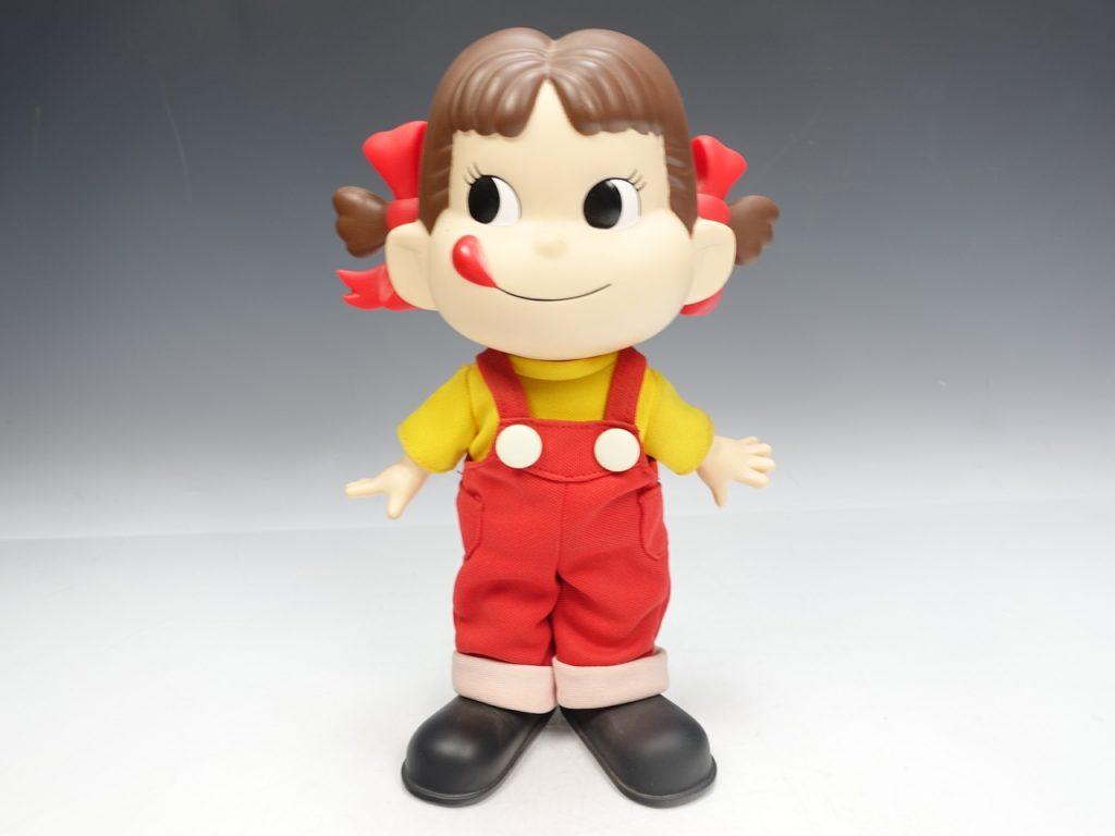 【ソフビ・フィギュア】 不二家 ペコちゃん人形(26cm)を買取り致しました。