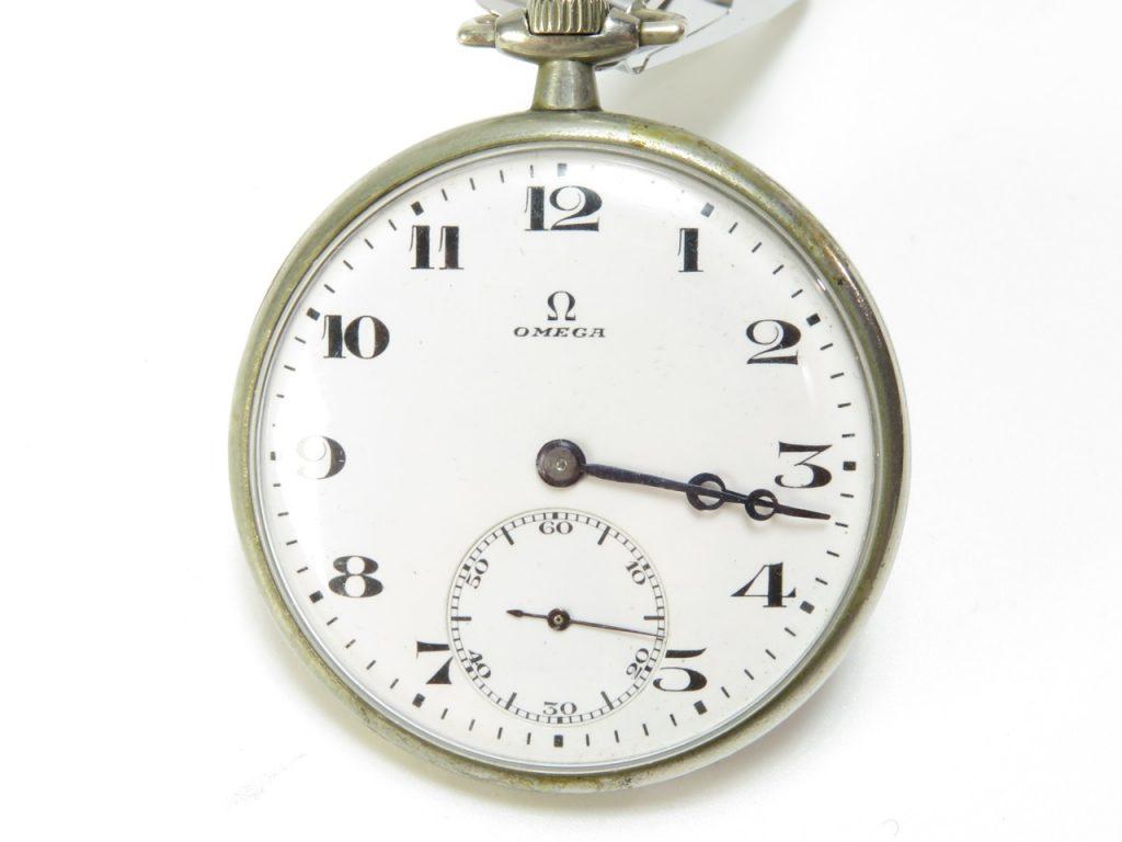 【骨董品 その他】古時計 OMEGA 手巻き懐中時計を買取り致しました。