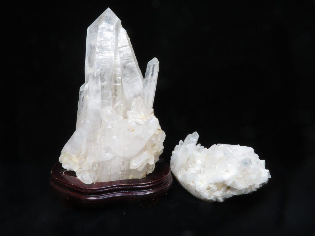 【鉱石】水晶クラスターを買取り致しました。