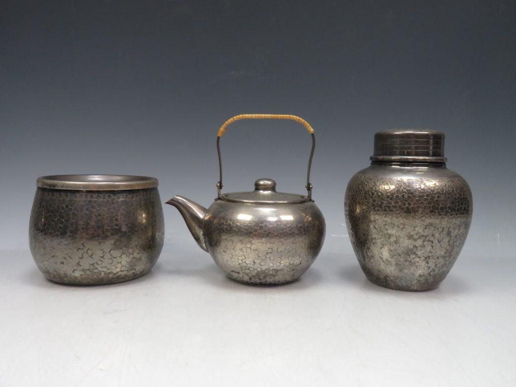 【銀製 煎茶道具】銀川堂「いぶし銀製煎茶器」を買取り致しました。