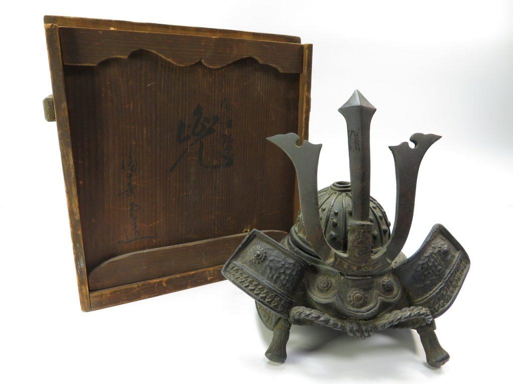 【茶道具・香炉】福寿堂 造  銅製香炉 兜を買取致しました。