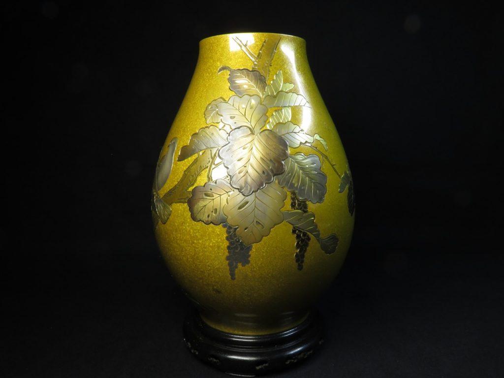 【茶道具・茶入】河内光明 「光明刻黄銅花瓶」を買取致しました。