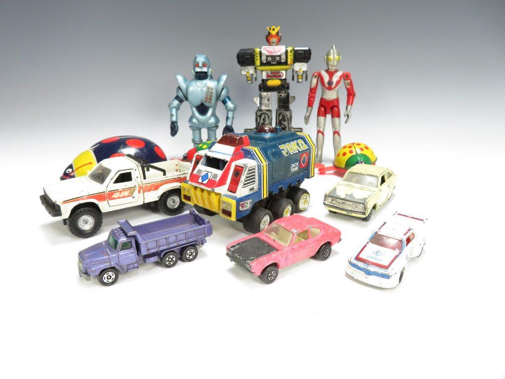 【ブリキ玩具】 ウルトラマン ミニカーなどを買取り致しました。