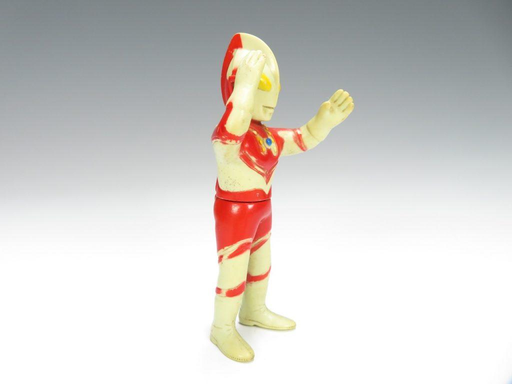 【ソフビ・フィギュア】 ソフビ人形 ウルトラマンなどを買取り致しました。