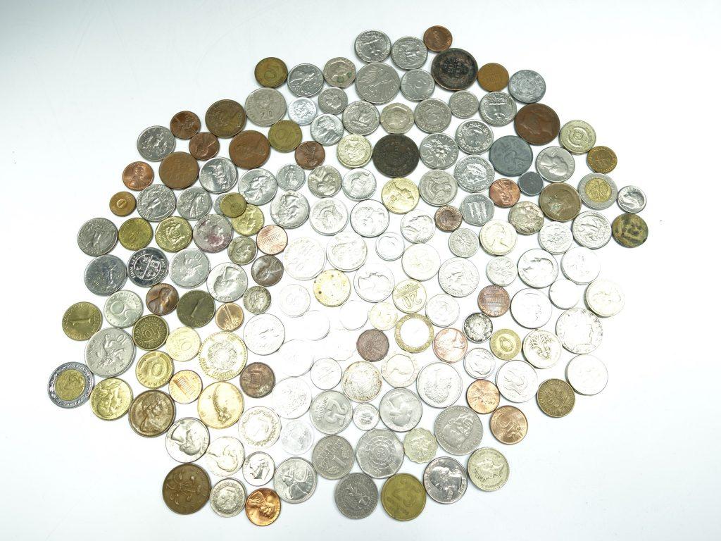 【古銭・切手 その他】 外国古通貨 イギリス フランス カナダ などを買取り致しました。
