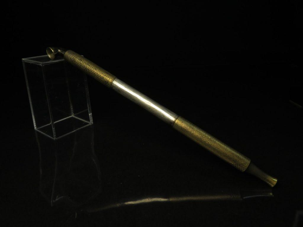 【骨董品】真鍮仕込み煙管を買取致しました。