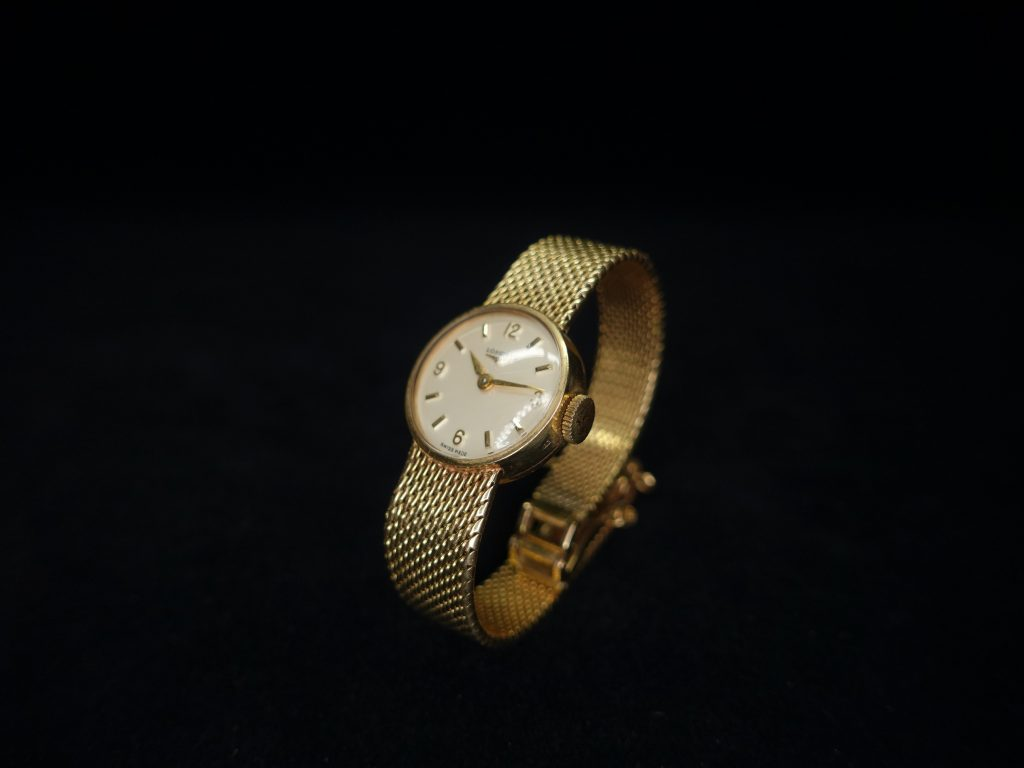 【骨董品】LONGiNES (ロンジン) 腕時計を買取致しました。