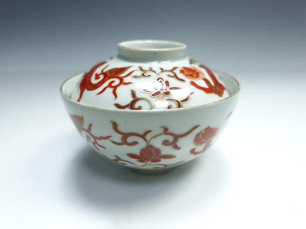 【中国磁器】大明成化年製 赤繪茶碗を買取り致しました。