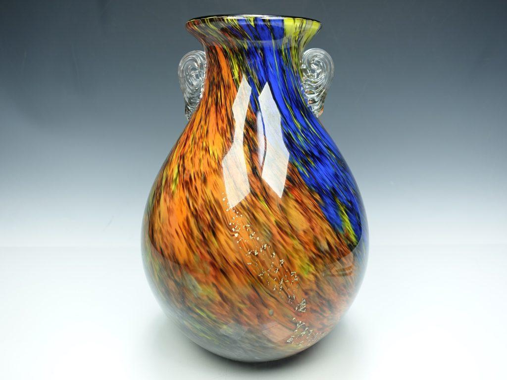 【骨董品】カメイガラス「フラワーベース」を買取致しました。
