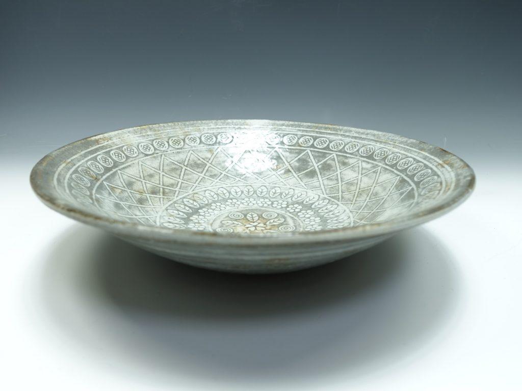【作家物 磁器】熊本喜一 三島皿を買取り致しました。
