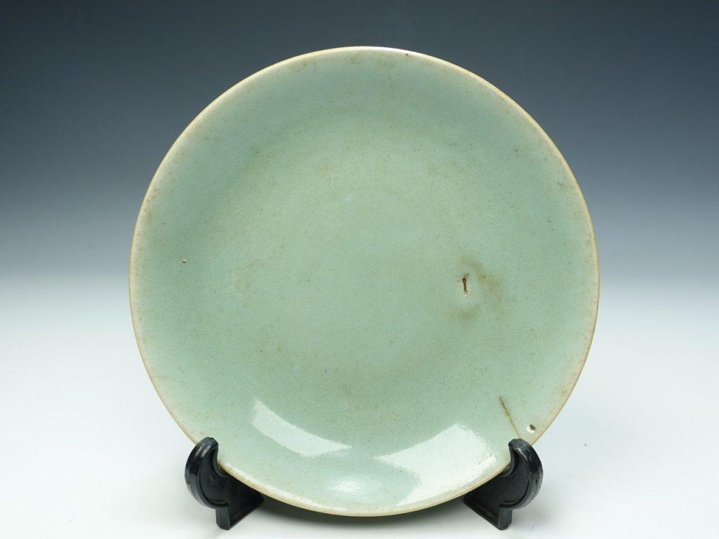 【古陶磁器】無銘「青磁丸皿」を買取致しました。