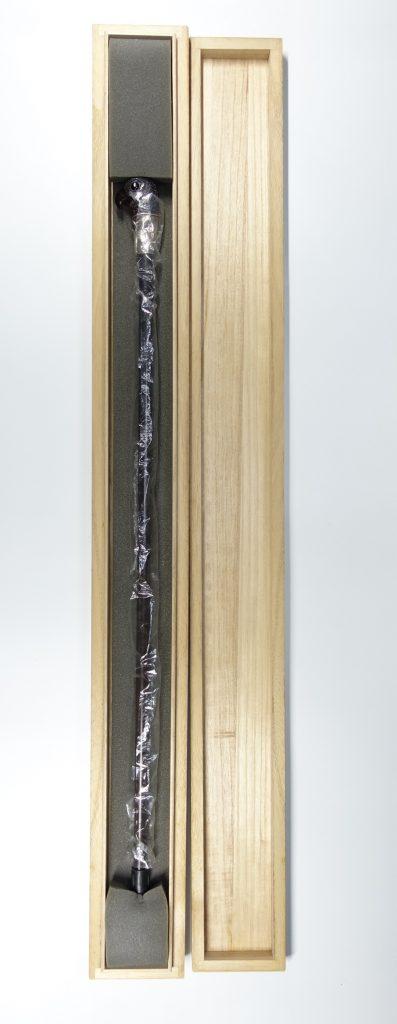 【骨董品】無銘「鷹頭琥珀杖」を買取致しました。