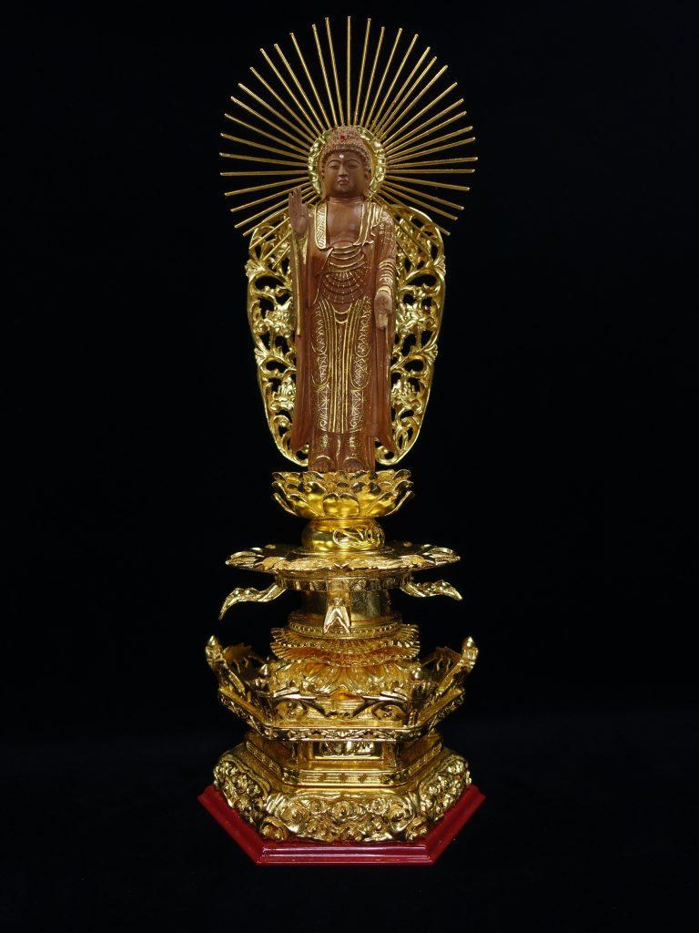 【香木彫刻】 仏像 「彫刻彫 西阿弥陀如来」を買取り致しました。