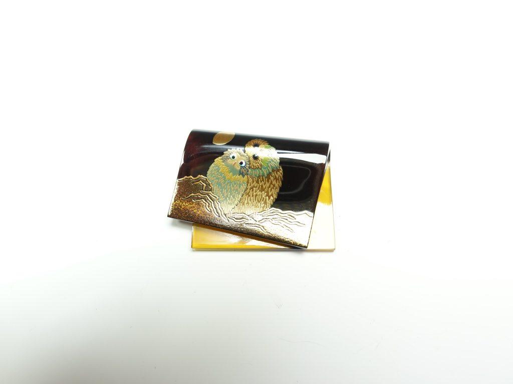 【骨董品・その他】松山武司 「鼈甲ふくろう蒔絵ペンダント】を買取致しました。