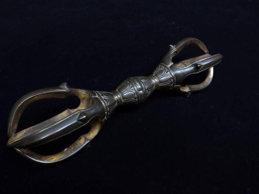 【骨董品 その他】密教法具 金剛杵(ヴァジュラ)を買取り致しました。