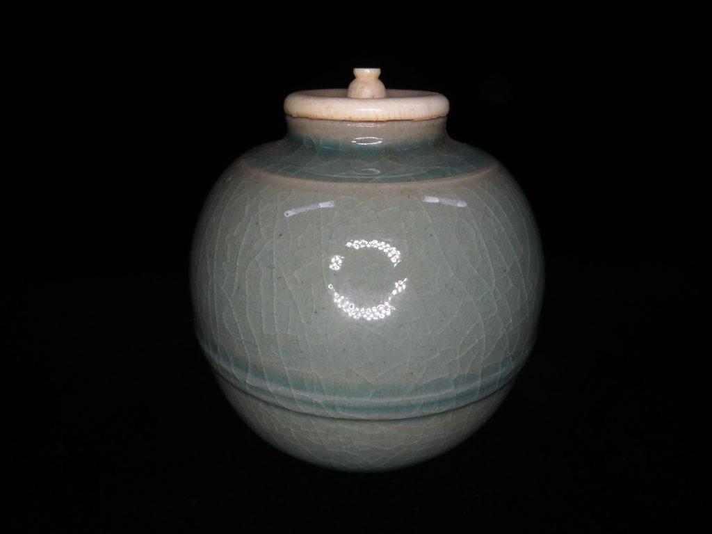 【茶道具】安東五 「青磁茶入」を買取致しました。