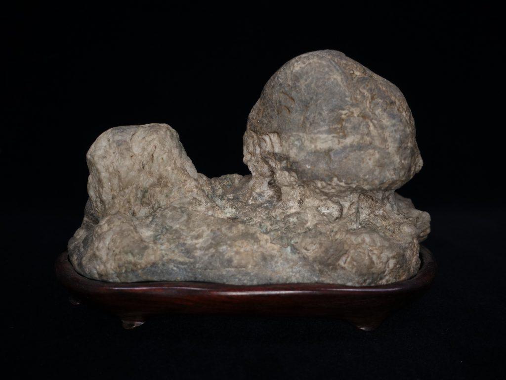【水石・観賞石 その他】安倍川石「茅舎石」を買取り致しました。