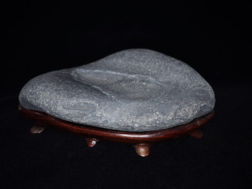 【水石・観賞石 その他】四万十川石「溜り石」を買取り致しました。