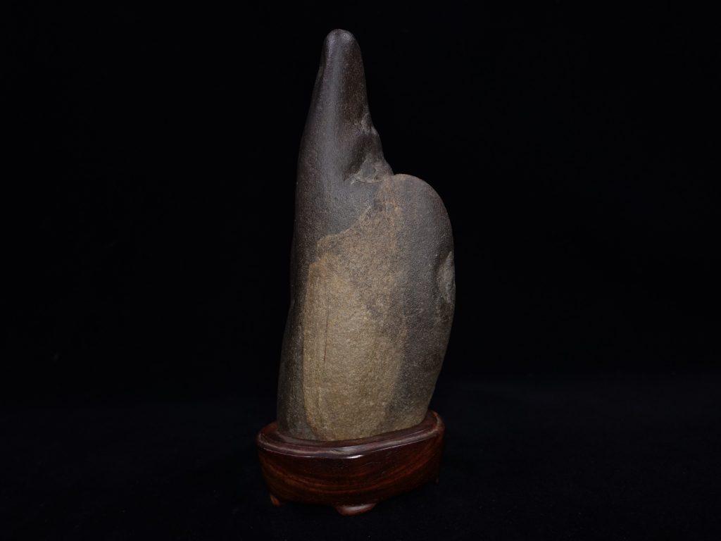 【水石・観賞石 その他】瀬田川石「抽象石」を買取り致しました。