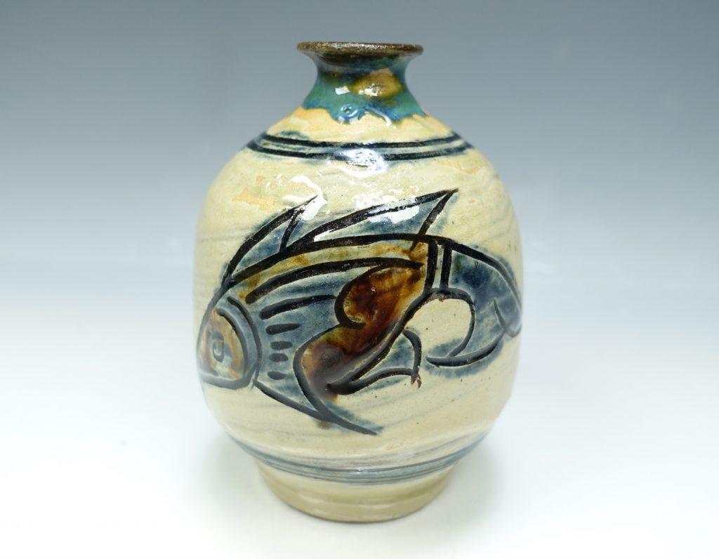 【人間国宝】金城次郎 「魚文丸壷」を買取致しました。