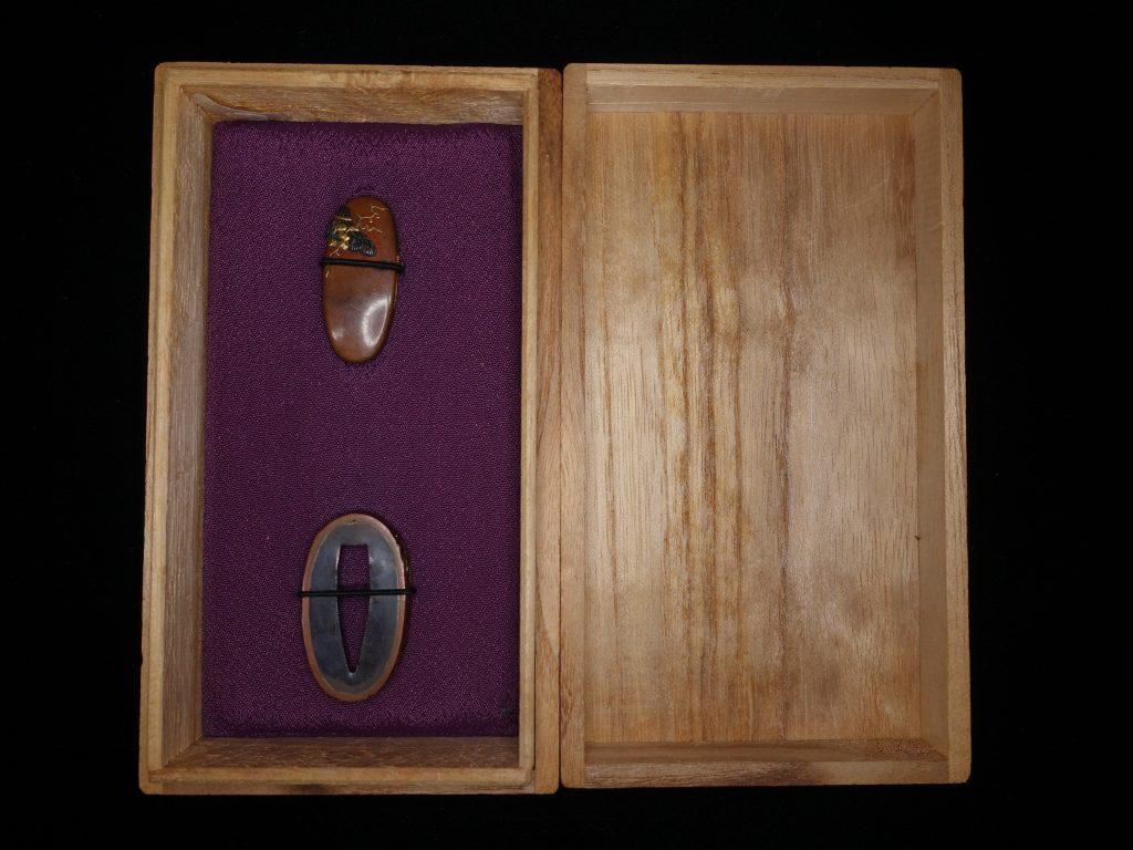 【刀装具】「銅地金象嵌縁頭」を買取り致しました。