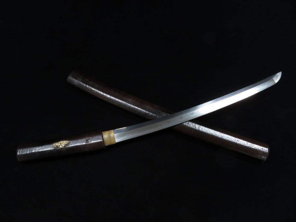 【刀剣】備前国長船祐定「茶塗白鞘脇差」を買取り致しました。