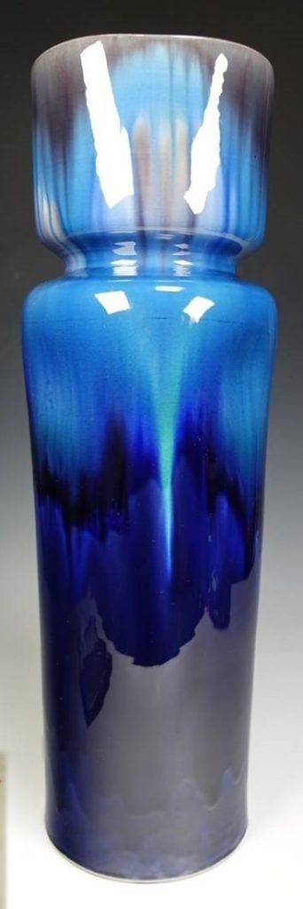 【人間国宝】三代 徳田八十吉「彩釉花入」 を買取致しました。