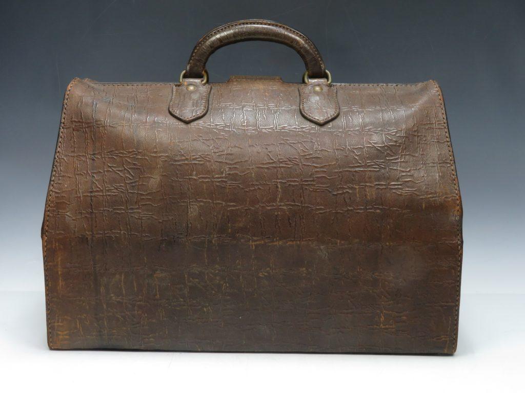 【骨董品 その他】ヴィンテージ ボストンバッグを買取り致しました。
