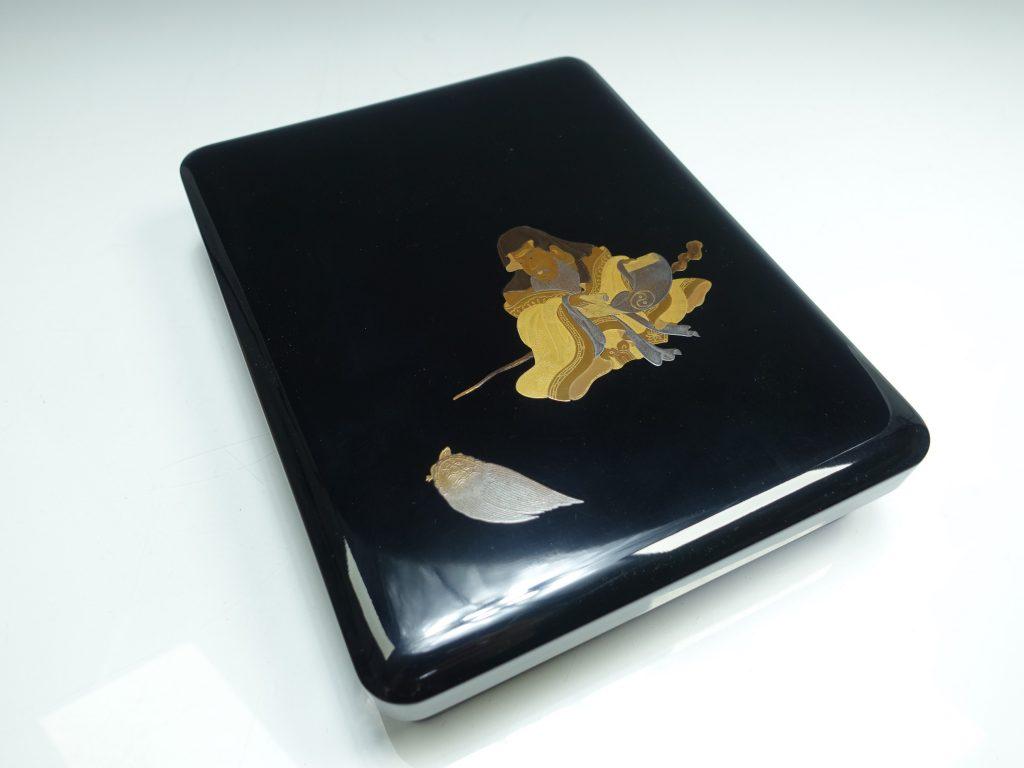 【漆器・蒔絵】金城雅岳「寿老人蒔絵硯箱」を買取り致しました。