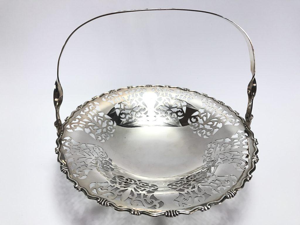 【金工品その他】尚美堂「純銀製菓子皿」を買取り致しました。