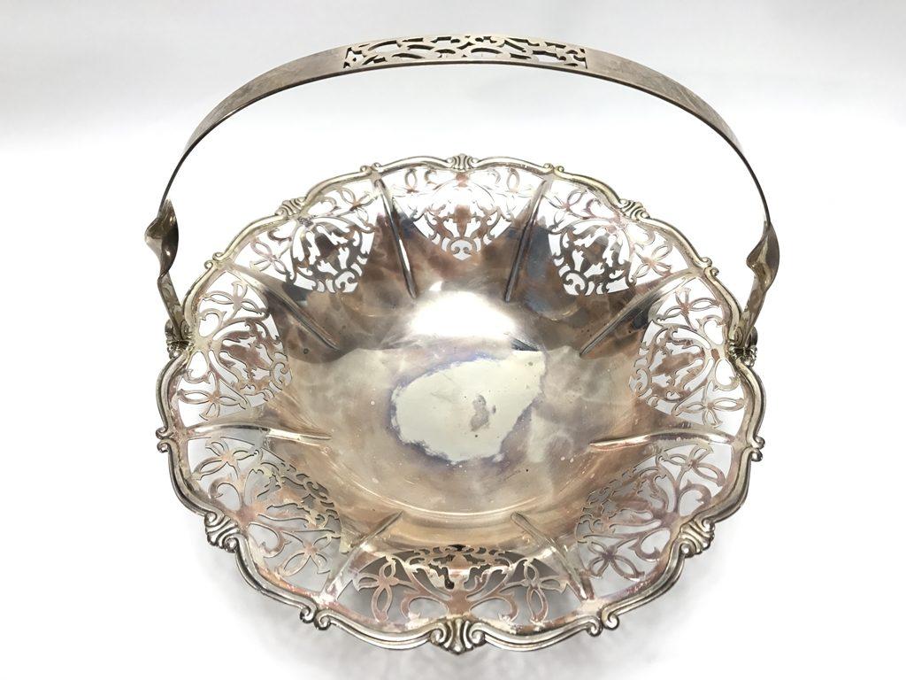 【金工品その他】尚美堂「銀製透彫菓子器」を買取り致しました。