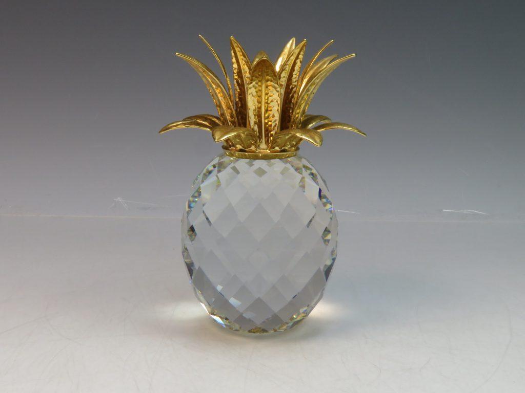 【西洋美術・その他】SWAROVSKI(スワロフスキー)「パイナップル」を買取り致しました。