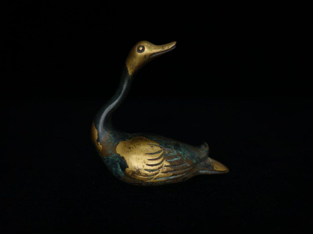 【銅製品】秦蔵六 塗金銅書鎮 「雁」を買取り致しました。
