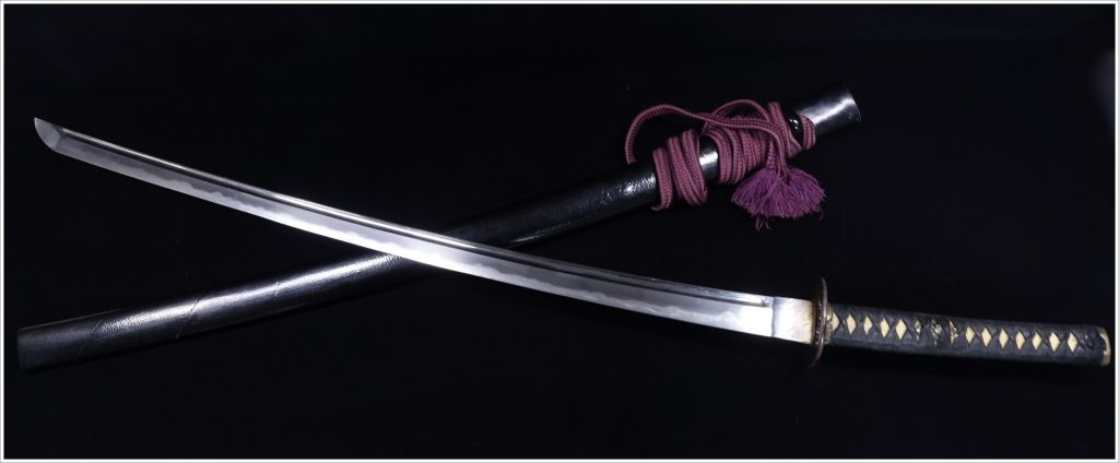 【刀剣】 源範国造之 「櫃刀身彫 黒鞘刀」を買取り致しました。