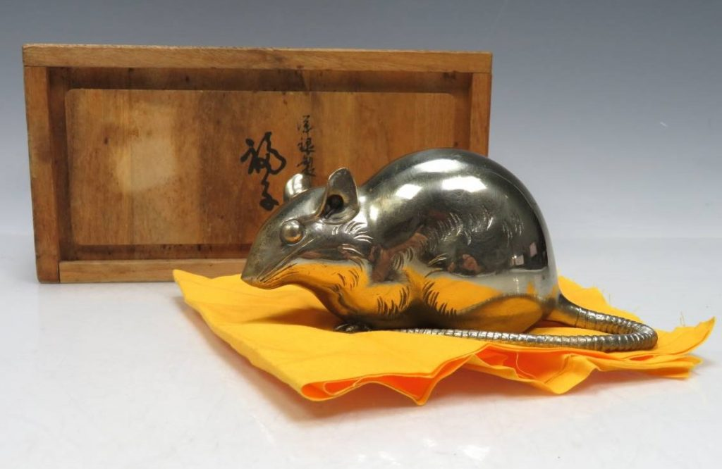 【銀製 置物】須賀月芳 洋銀製 福子(ねずみ)置物を買取り致しました。